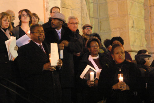 """Three hundred people gathered Dec.17 at First Baptist Congregational Church in Chicago for """"Silent Nights,"""" an interfaith service aimed at curbing gun-related violence. Photo/Connie Wilson"""