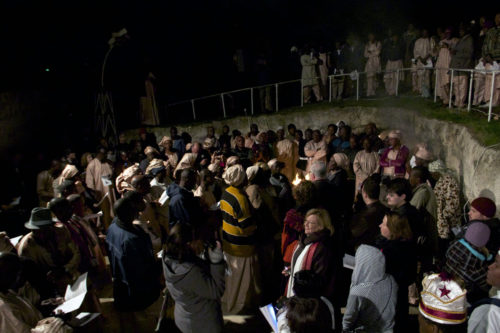 An outdoor service of Lessons and Carols at the YMCA Field of the Shepherds in Beit Sahour, West Bank, drew close to 250 people, including some 150 Nigerian Christians. ENS Photo/Lynette Wilson