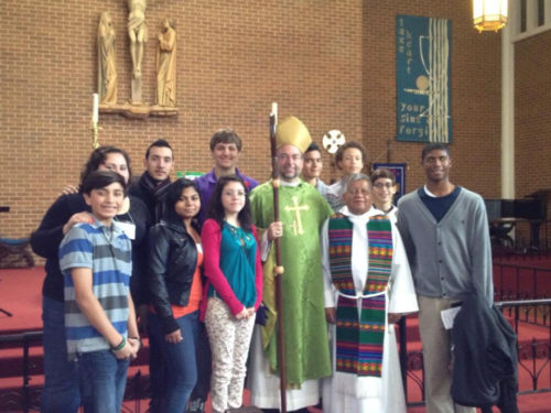 The youth visited San Mateo on Sunday with Bp. PHOTO/Diocese of Texas